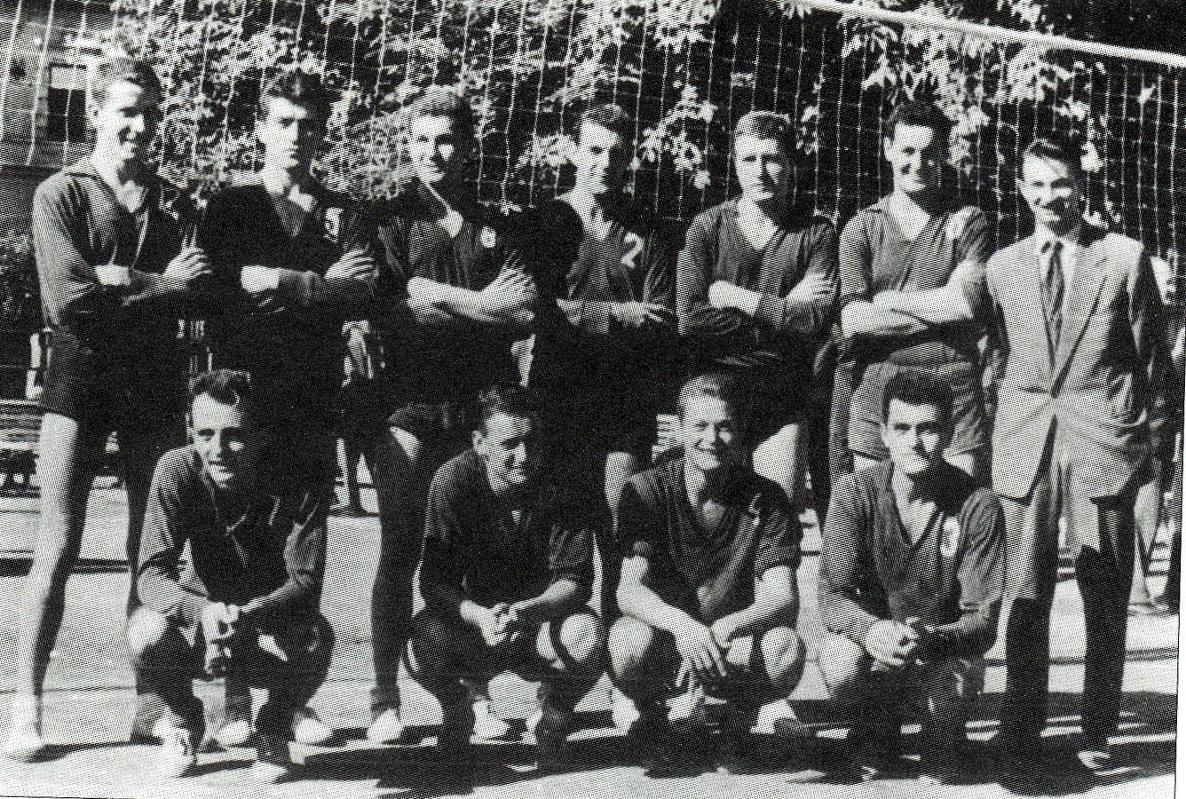 https://www.vkpbratislava.sk/wp-content/uploads/2020/10/volejbal-narodne-druzstvo-1950.jpg